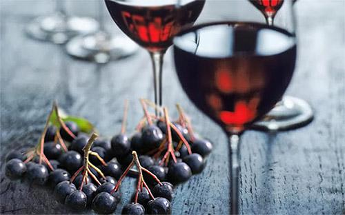 Вино из черноплодной рябины (аронии) в домашних условиях