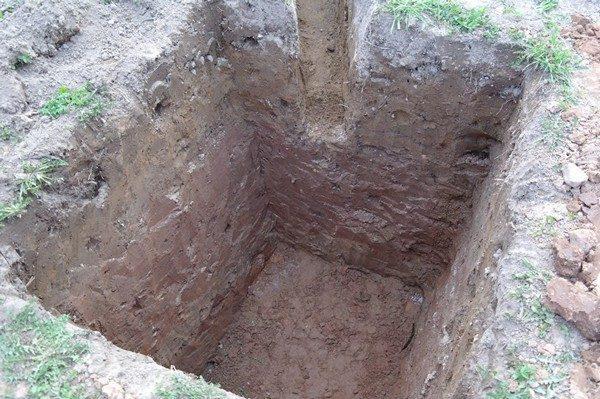 Выгребная яма для туалета на даче