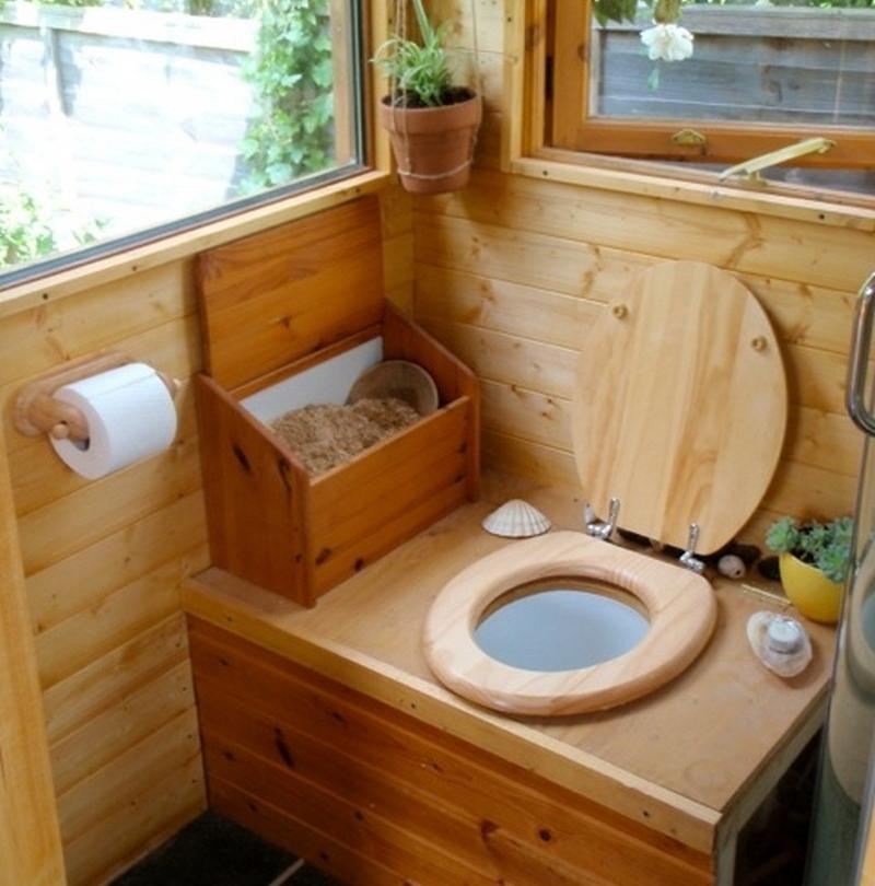 Как сделать туалет на даче без запаха и откачки ⋆ MACHO'S RULES