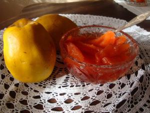 Простой рецепт варенья из айвы