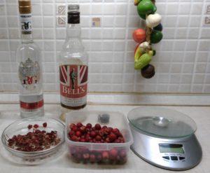 Настойка боярышника в домашних условиях: на водке, спирту, коньяке