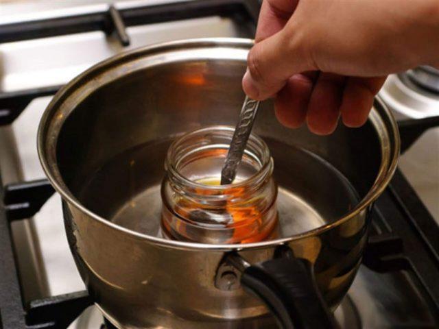 Настойка прополиса на спирту от кашля: лечебные свойства, применение