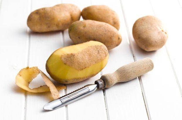 Подкормка смородины весной картофельными очистками
