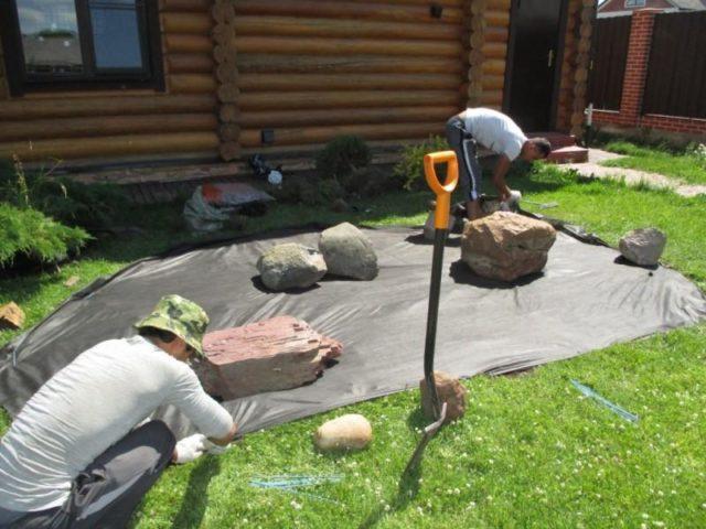 Бордюры из камня для клумбы: пошаговое оформление своими руками фото-идеи