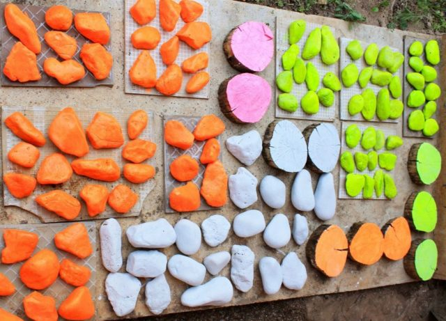 Бордюры из камня для клумбы: пошаговое оформление своими руками + фото-идеи