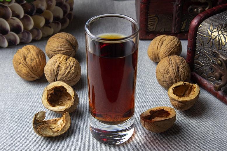 Грецкий орех скорлупа полезные свойства и противопоказания