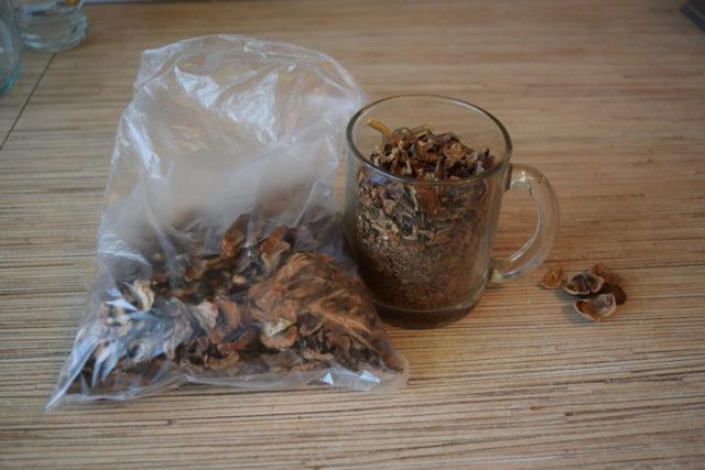 Перегородка грецкого ореха: польза и вред, применение
