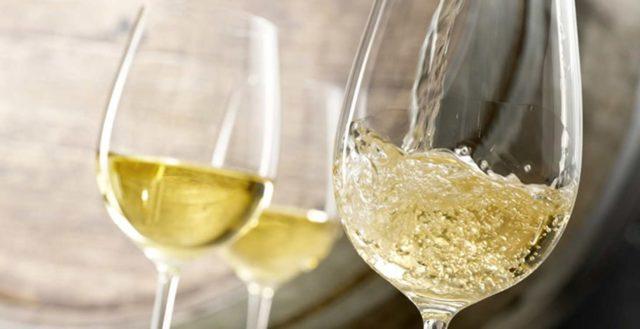 Простые рецепты приготовления персикового вина в домашних условиях